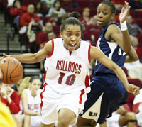 Fresno State guard Paige Diggs and teammates put forth an impressive quarterfinal game in the WAC Tournament, defeating Hawaii by 25 points.
