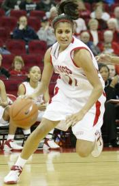 Former Fresno State player Chantelle Perera will play professional basketball in Australia.