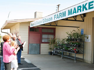 The Fresno State Farm Market was renamed the Rue and Gwen Gibson Farm Market in a ceremony yesterday after a donation from the Gibsons' daughter, the late Joyce Mae Gibson. A donation was also made to Equine Studies.