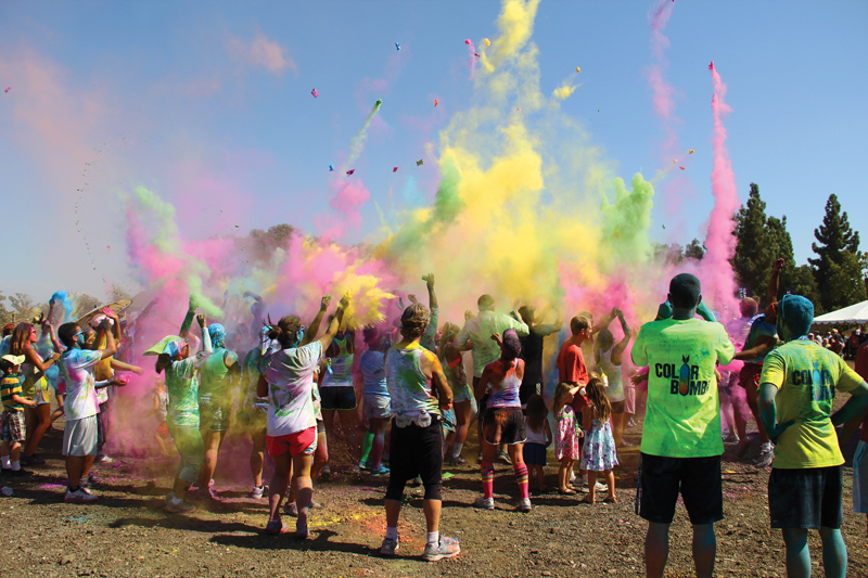 Color me rad hits fresno the collegian for Color fresno