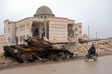 Mosques targeted in Syrian war