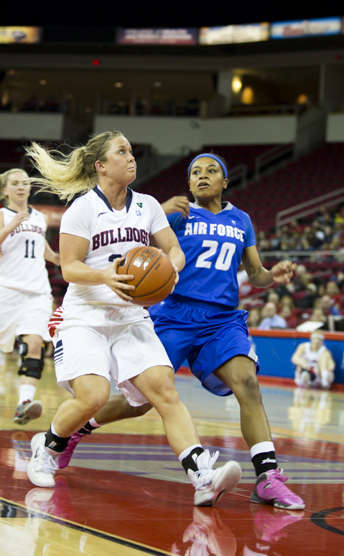 Fresno State senior Taylor Thompson makes her way to the basket in the Bulldogs' victory over the Air Force Falcons. Photo by Katie Eleneke/The Collegian