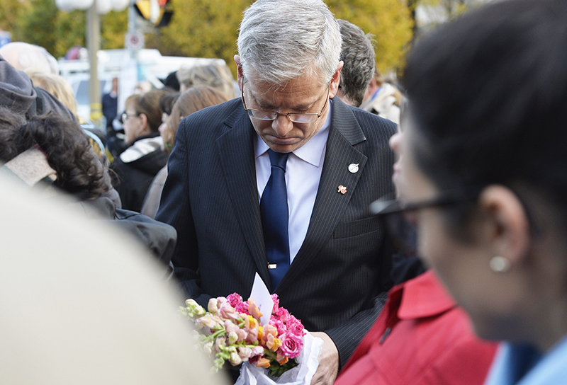 Memorial Grows For Soldier Killed in Ottawa Attack