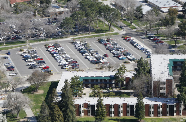 Letter to the editor: Fresno state parking frustration continues article thumbnail mt-3