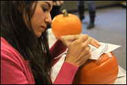 Pumpkin carving workshop article thumbnail mt-3