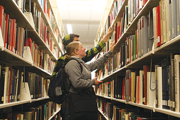 Low-cost textbook initiative comes to Fresno State article thumbnail mt-3