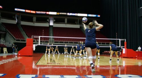 Women's volleyball prepares for second out-of-state tournament article thumbnail mt-3