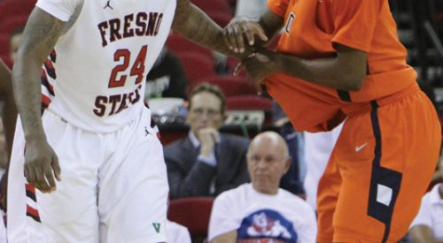 'Dogs outlast Tigers, win 66-61 article thumbnail mt-3