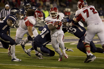 Fresno State beats down Wolf Pack, 52-36 article thumbnail mt-3