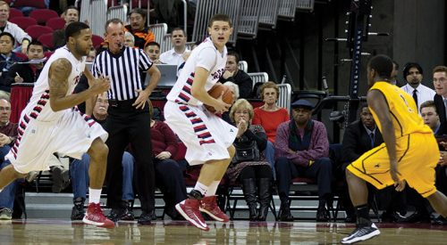 Men's Basketball: Fresno State tabs first Mountain West Conference victory article thumbnail mt-3
