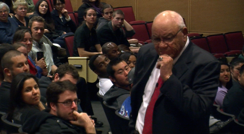Football coach Herman Boone aims to preserve history article thumbnail mt-3