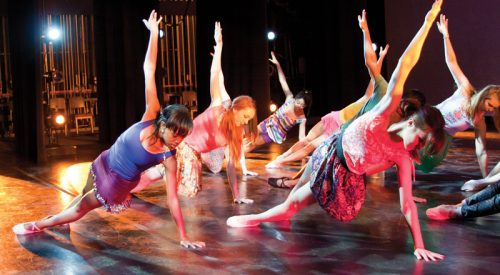 Dance Ensemble prepares for performance article thumbnail mt-3