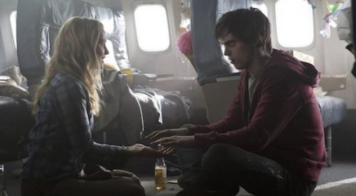 'Warm Bodies' review: A zombie love story article thumbnail mt-3