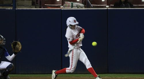 Softball: 'Dogs gear up for Pac-12 foes  article thumbnail mt-3