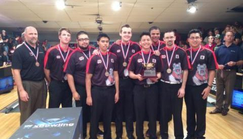 Club Sports: Bulldogs bowling team sustains national success article thumbnail mt-3