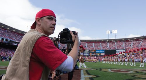 Fresno State photographer's photo graces cover of Sports Illustrated article thumbnail mt-3
