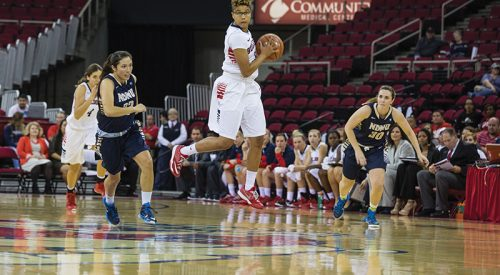 Women's Basketball: Fresno State rings in new year with a W article thumbnail mt-3