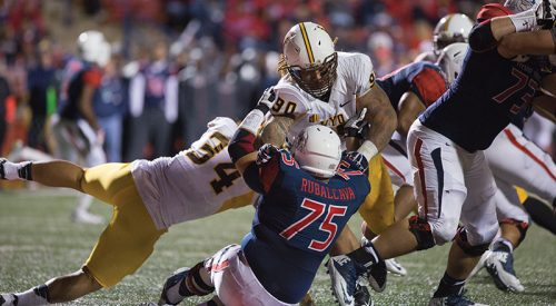 Football: Ground game dooms Fresno State, 'Dogs fall to 3-6 article thumbnail mt-3