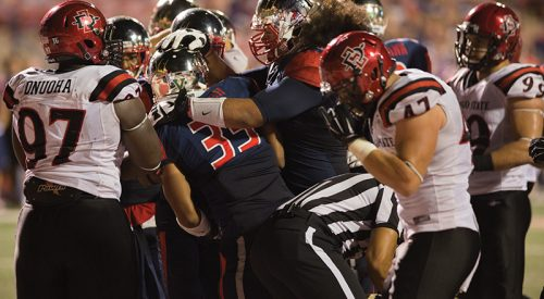 Football: 'Dogs seek win against San Jose State article thumbnail mt-3