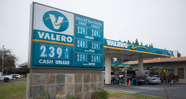 Gas Price Near Me >> Student Commuters Enjoy Lower Prices The Collegian