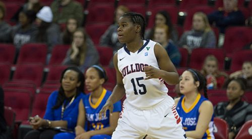 Women's Basketball: Going for No. 11 article thumbnail mt-3