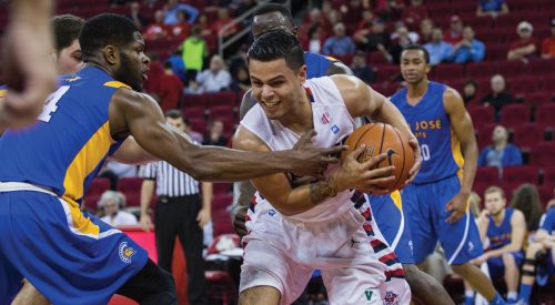 Men's Basketball: 'Dogs snap losing skid with win over Spartans article thumbnail mt-3