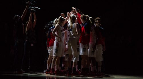 Women's Basketball: Movin' on to Moraga article thumbnail mt-3