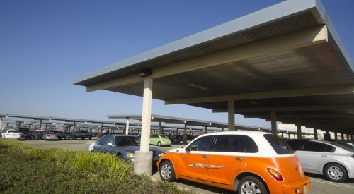 Electric vehicle charging stations coming to Fresno State article thumbnail mt-3