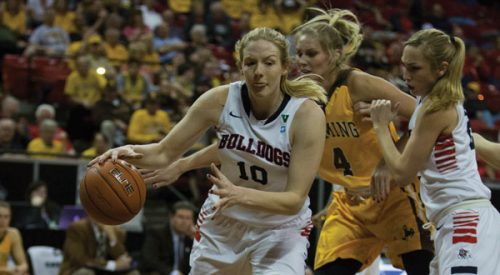 Women's Basketball: 'Dogs control Cowgirls, will face Lobos next article thumbnail mt-3