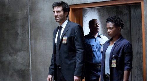 'Powers' offers cerebral take on superhero genre article thumbnail mt-3