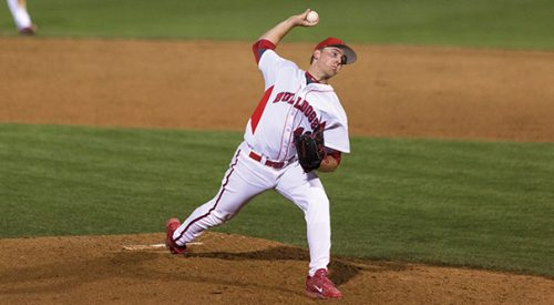 Baseball: Buzzkill; 'Dogs top Hornets to win fourth in a row article thumbnail mt-3