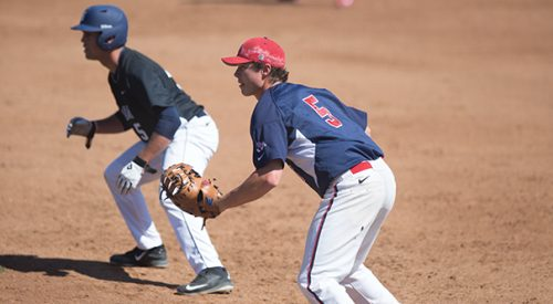 Baseball: Mustangs come back to beat 'Dogs article thumbnail mt-3
