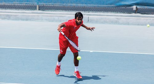 Men's tennis: Strong Senior Day showing for 'Dogs article thumbnail mt-3