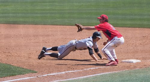 Baseball: Bulldogs drop final two to Aztecs article thumbnail mt-3