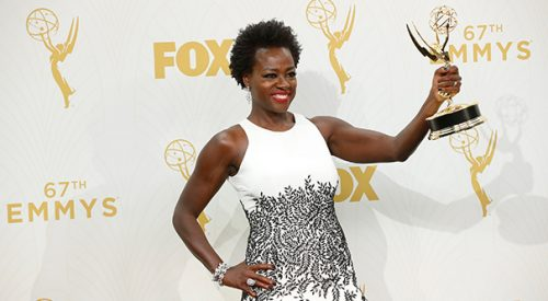 An award for Viola Davis is an award for women of color article thumbnail mt-3