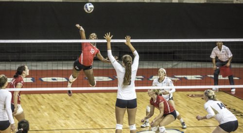Volleyball: 'Dogs finish strong at home tourney article thumbnail mt-3