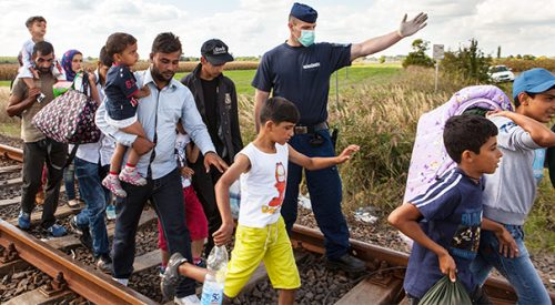 Former Fresno State student eyewitness to refugee crisis in Europe article thumbnail mt-2