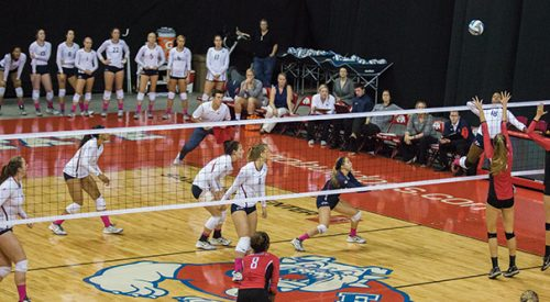 Volleyball: 'Dogs sweep Falcons behind Bowens' all-around performance article thumbnail mt-3