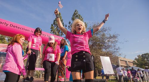 Thousands run on campus to raise breast cancer awareness article thumbnail mt-3