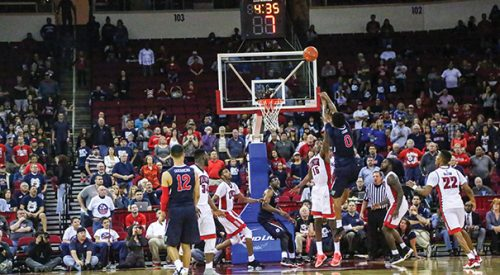 Men's Basketball: 'Dogs set to collide with undefeated Aztecs article thumbnail mt-2