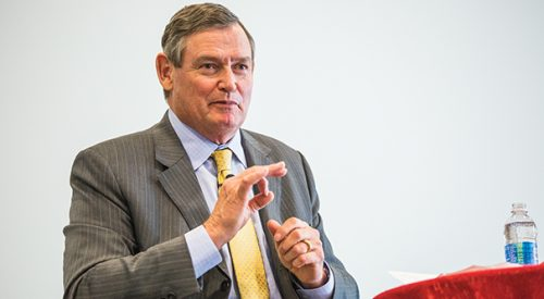 CSU Chancellor visits Fresno State article thumbnail mt-3