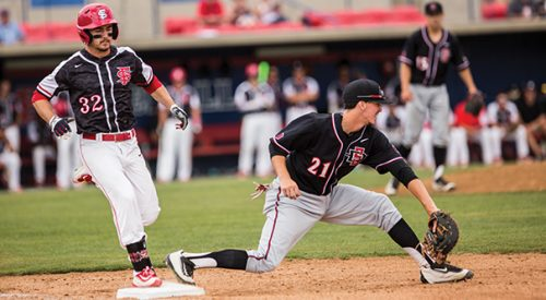 Baseball: Diamond 'Dogs win two of three over San Diego State article thumbnail mt-2