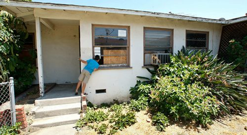 Slumlord housing exists and Fresno State students can help article thumbnail mt-3