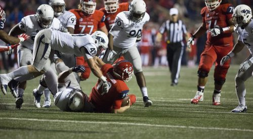 'Dogs come close, but fall to Wolfpack article thumbnail mt-3