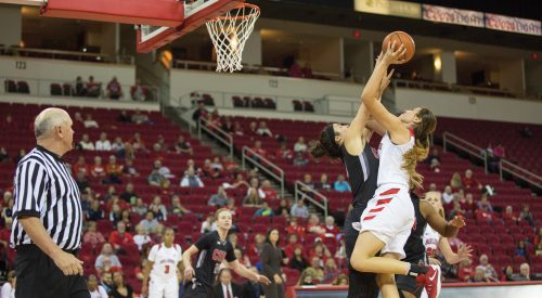 'Dogs allow Cal State Northridge to comeback article thumbnail mt-3