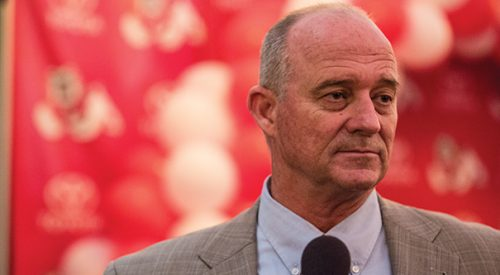 Jeff Tedford named head coach article thumbnail mt-3