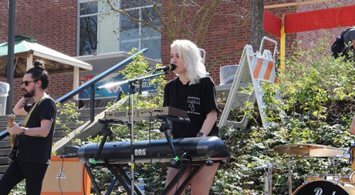 """Amoret rocks the USU during """"Tunes at Noon"""" article thumbnail mt-3"""
