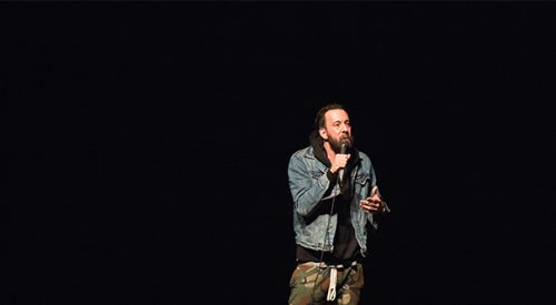 Jonathan Kite brings millennial laughs to campus article thumbnail mt-3
