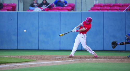 'Dogs show resilience with walk-off winner to take conference series article thumbnail mt-2
