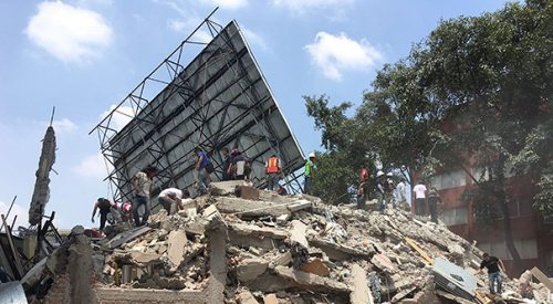 At least 250 killed as powerful 7.1 earthquake strikes central Mexico article thumbnail mt-3